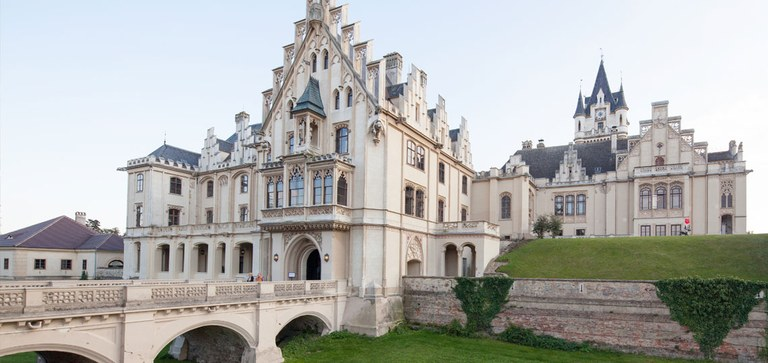 Grafenegg Castle is considered a significant example of Romantic Historicism. Thanks to state-of-the-art adaptations, it has become a vibrant space for the present day.
